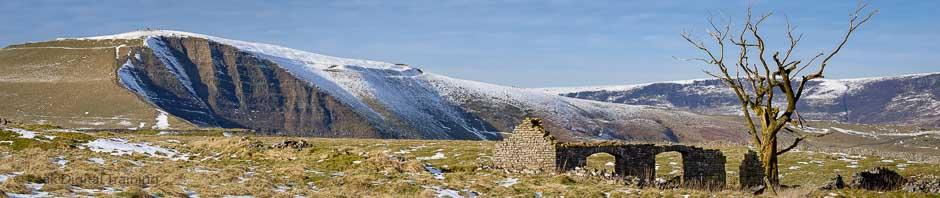 Wintry Peak District scene, where Peak Digital Training runs photography courses. Photo © Chris James