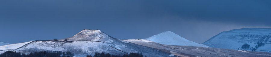 Peak District hills © Chris James