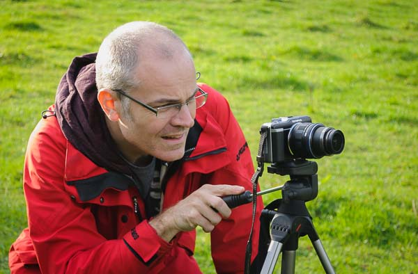 Using a mirrorless compact system camera on a beginners' photography course run by Peak Digital Training in the Peak District. Photo © Chris James